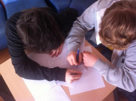 Enzo et Mateo ré écrivent