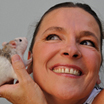 Françoise prêtre, illustratrice et fondatrice du concept d'histoires animées 'la souris qui raconte , maison d'édition numérique de jeunesse